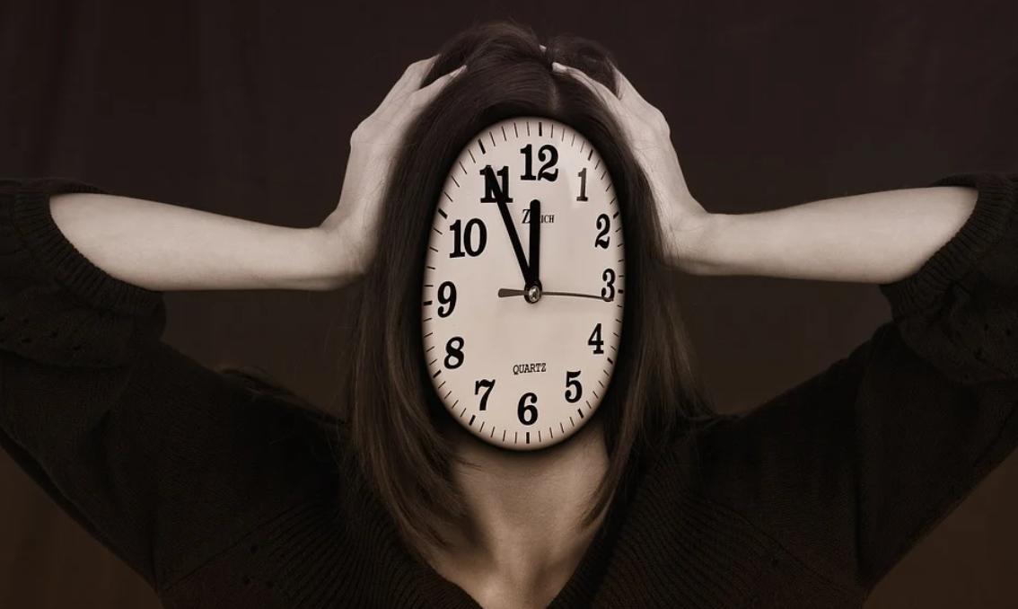 človek a hodiny