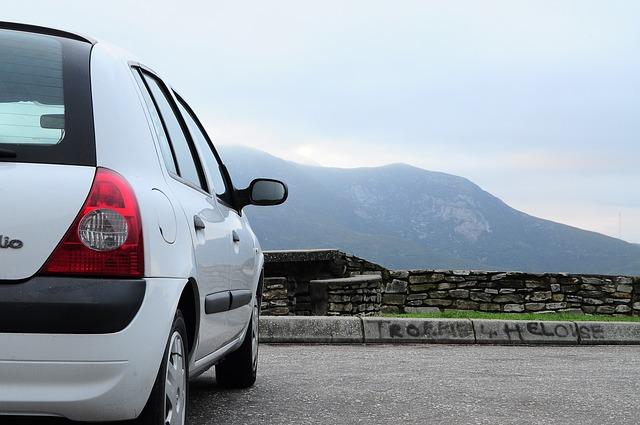 Renault Clio bílý
