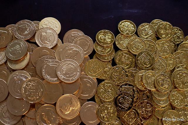 zlaté mince, měna